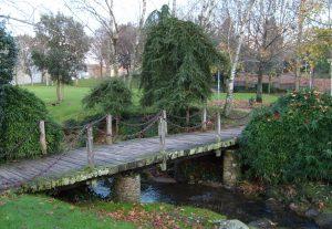 Puente_de_madera_sobre_el_rio_Corgo_-_Santiago_de_Compostela_-_1_de_enero_de_2007